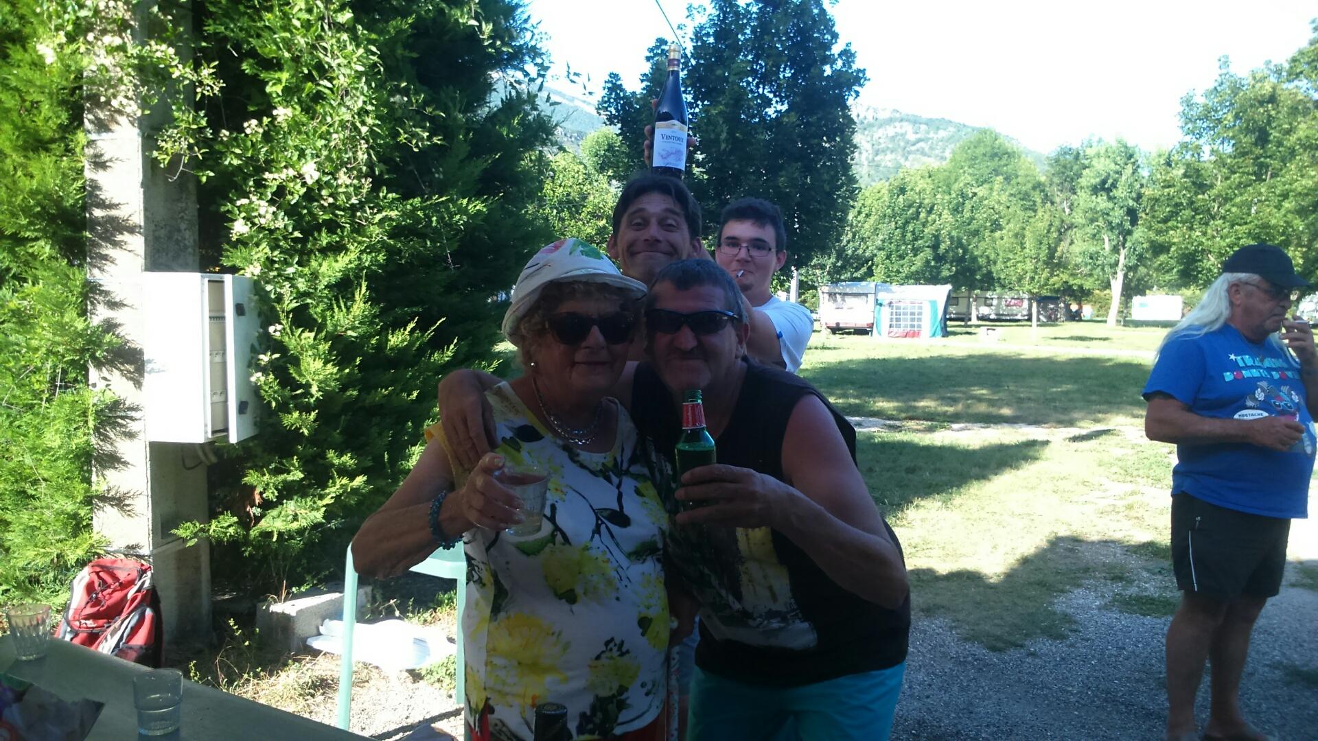 Concours de p tanque camping le village la motte for Regle de la petanque provencale